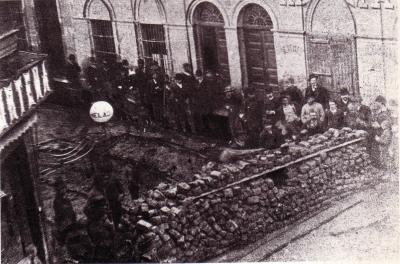 20120727012459-r90-barricada-civica.jpg